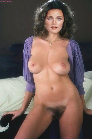 nackt Thorson Linda Linda Blair