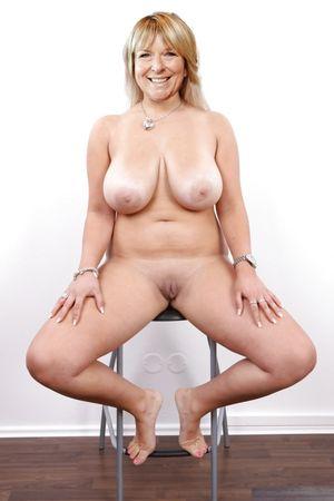 Nude connie britton Connie Britton