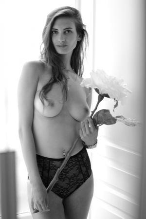 Ollivier nude mathilde Mathilde Ollivier