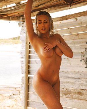 Naked winifer fernandez 41 Winifer