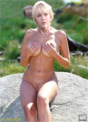 Oconnor nude renee Renee O'Connor