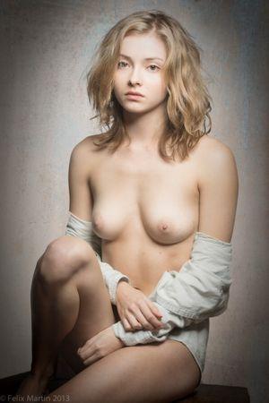 Mumy nude liliana Natural/Real Redheads