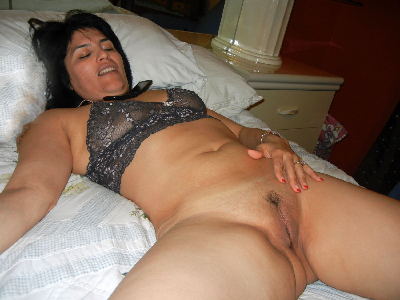 Hot curvy latin milf gets naked outside
