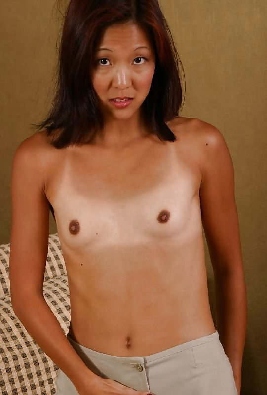 hawaiin-flat-chested-mexican-nude