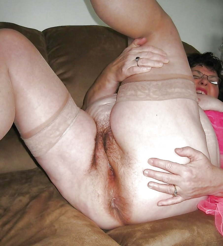 Ridiculous old granny pussy pictures