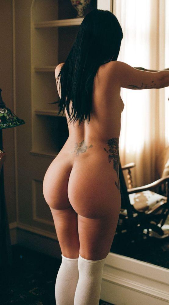 White girls butt naked
