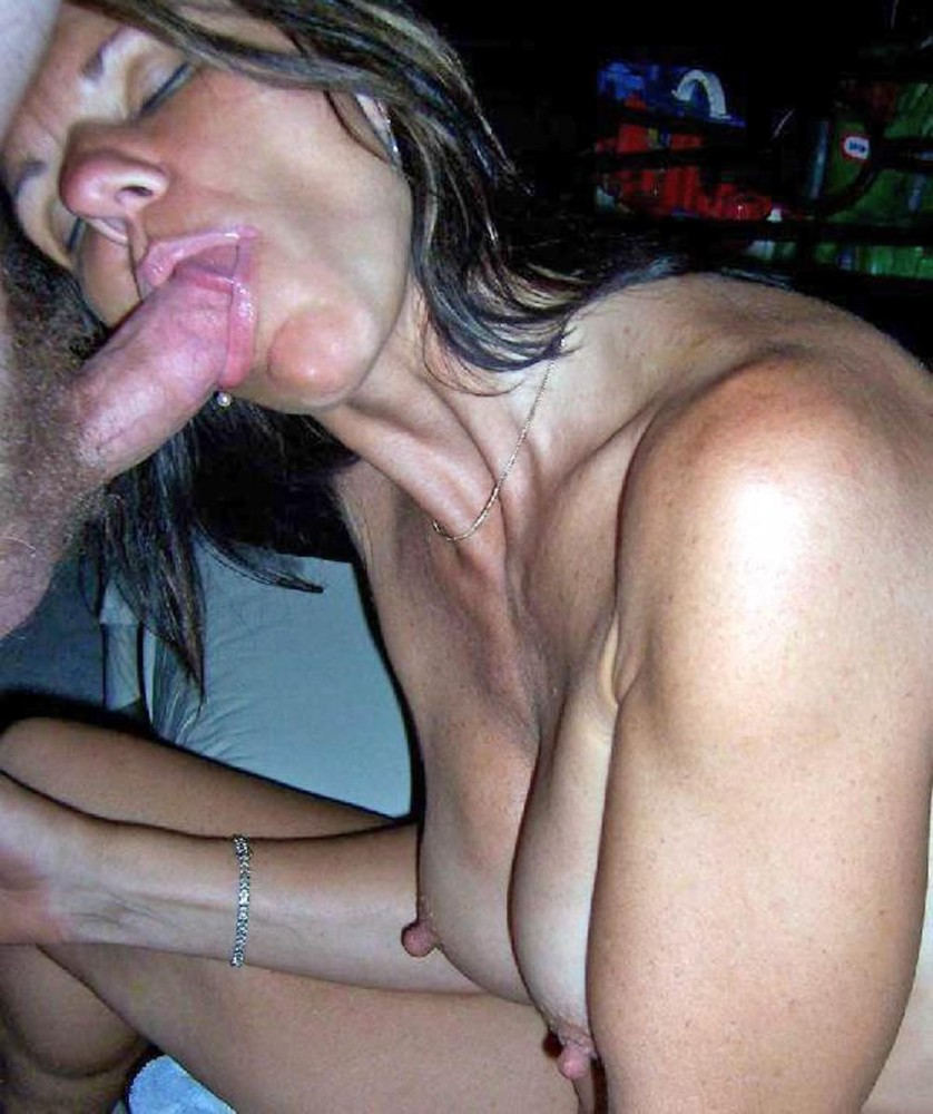 Homemade milf blowjobs