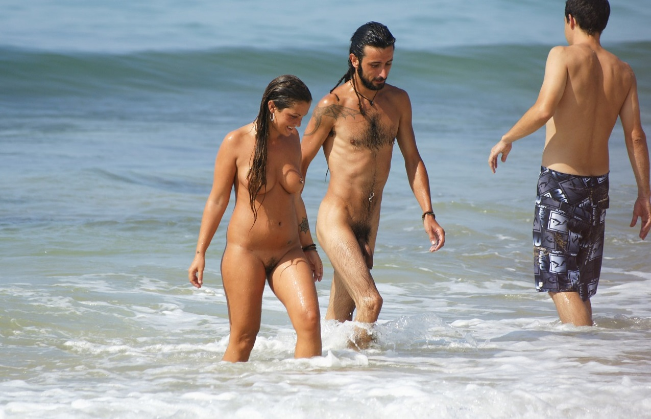 Eva Longoria Puts On A Steamy Display With Jose Baston As They Frolic In Spain