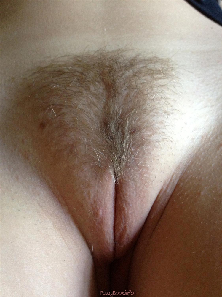 Hairy pussy or shaved pussy -..