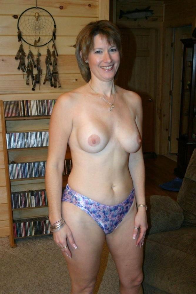 Mature amatuer naked scanty -..