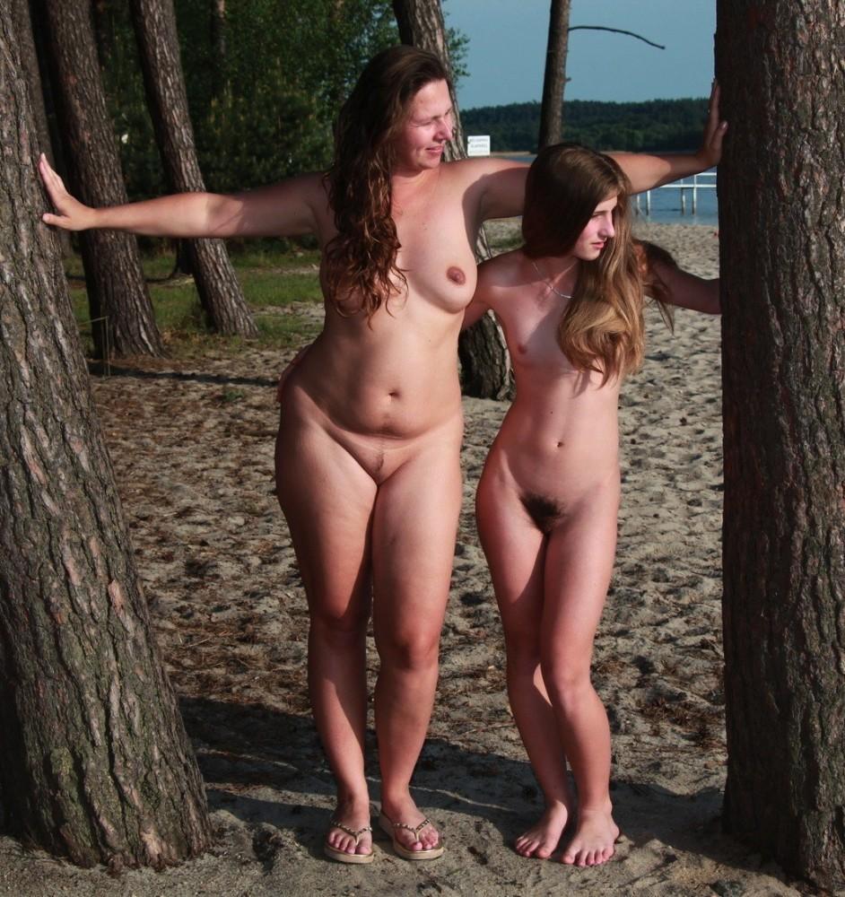 lesbiangirls: Lesbian Mother and..
