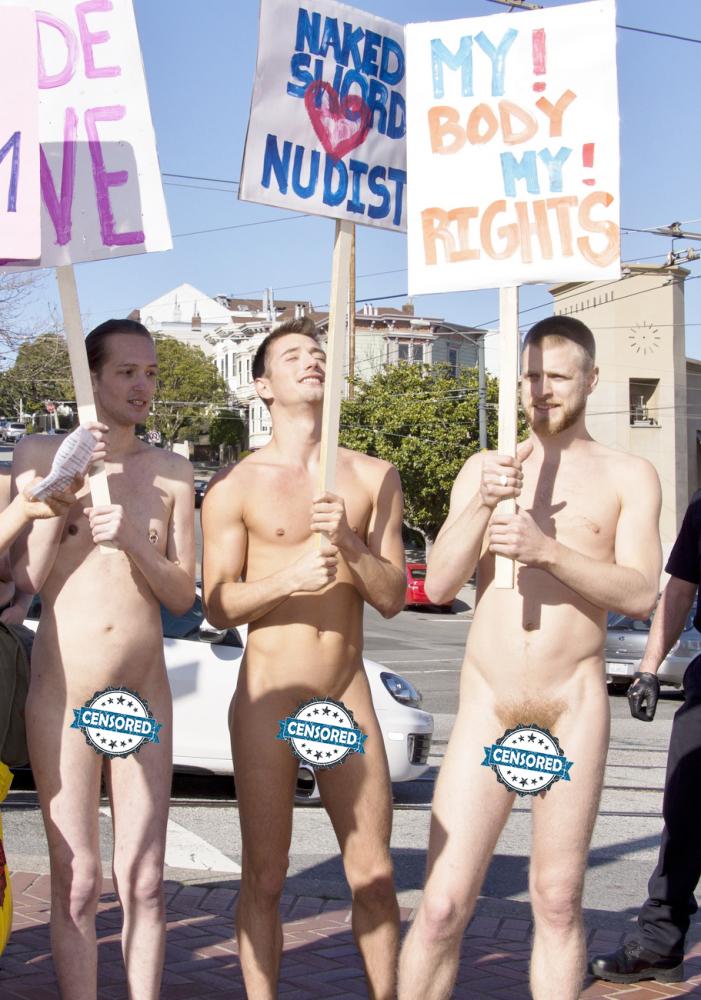 Handsome Nude Guys In Public -..