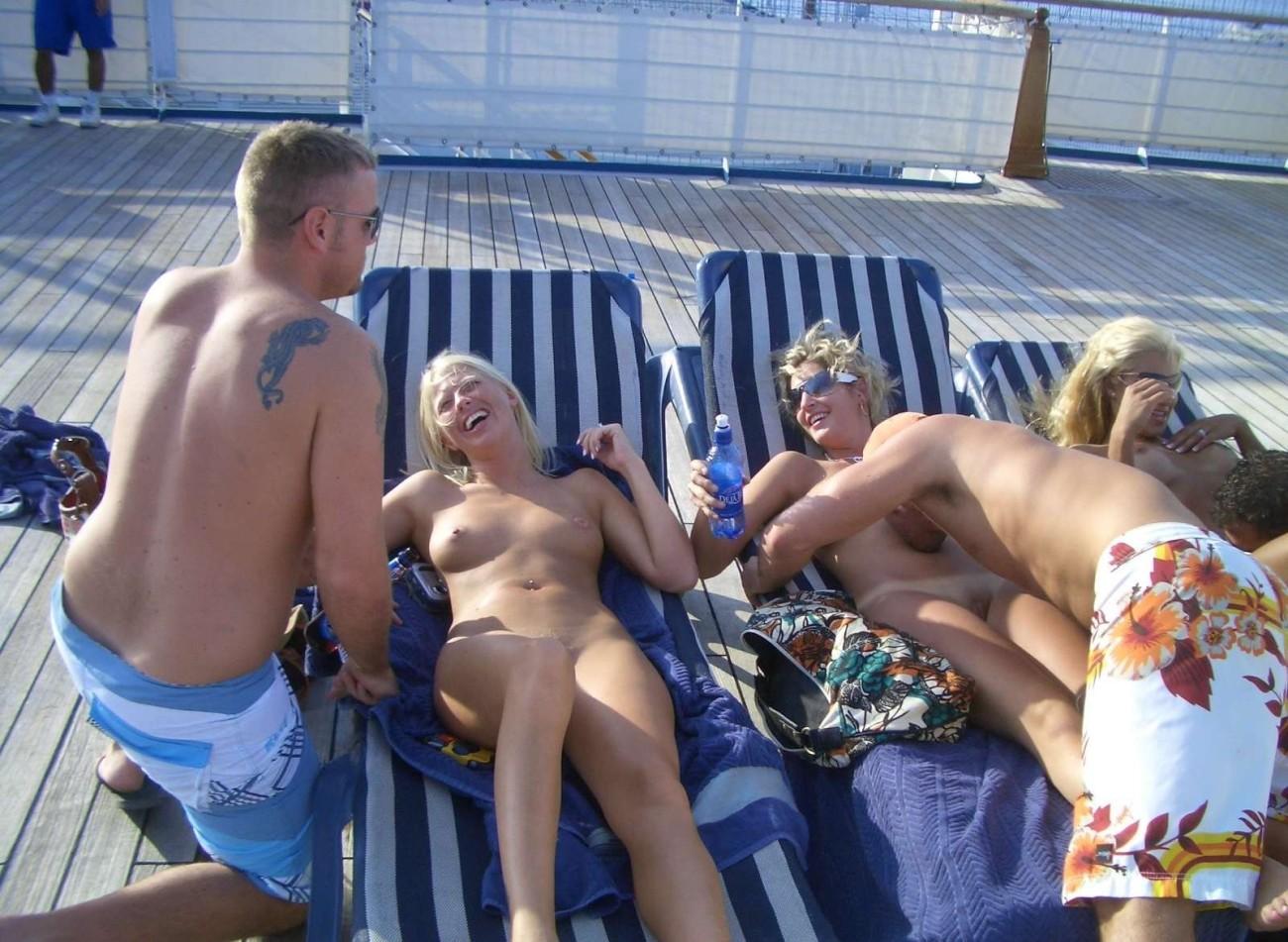 Gay cruiseship with pornstars -..