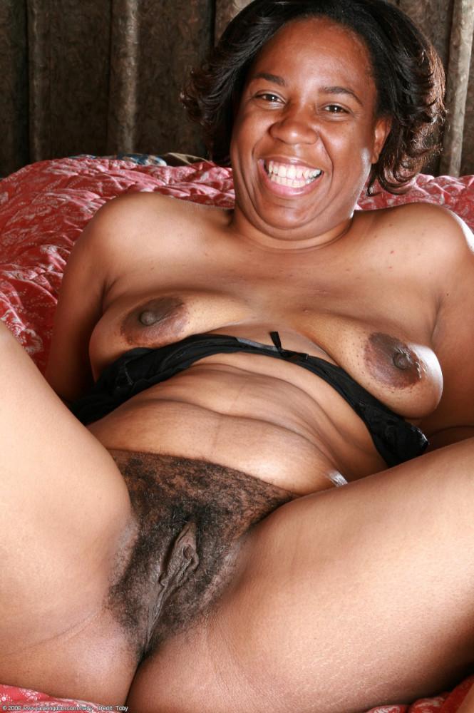 Naked black sugar mummy big pussy