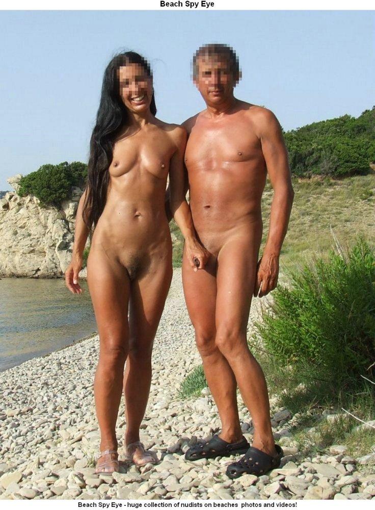 Beach Spy Eye: Nudist boyfriends..