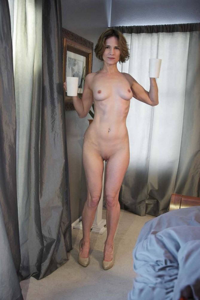 Super Hot Sexy Moms Naked