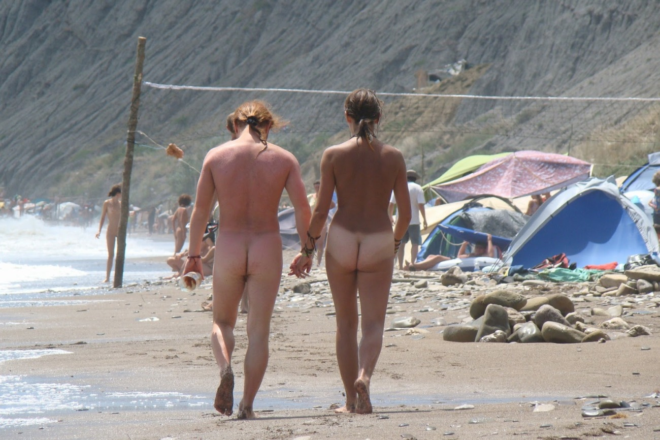 Topless Vacation: CDM 765 Crimean..