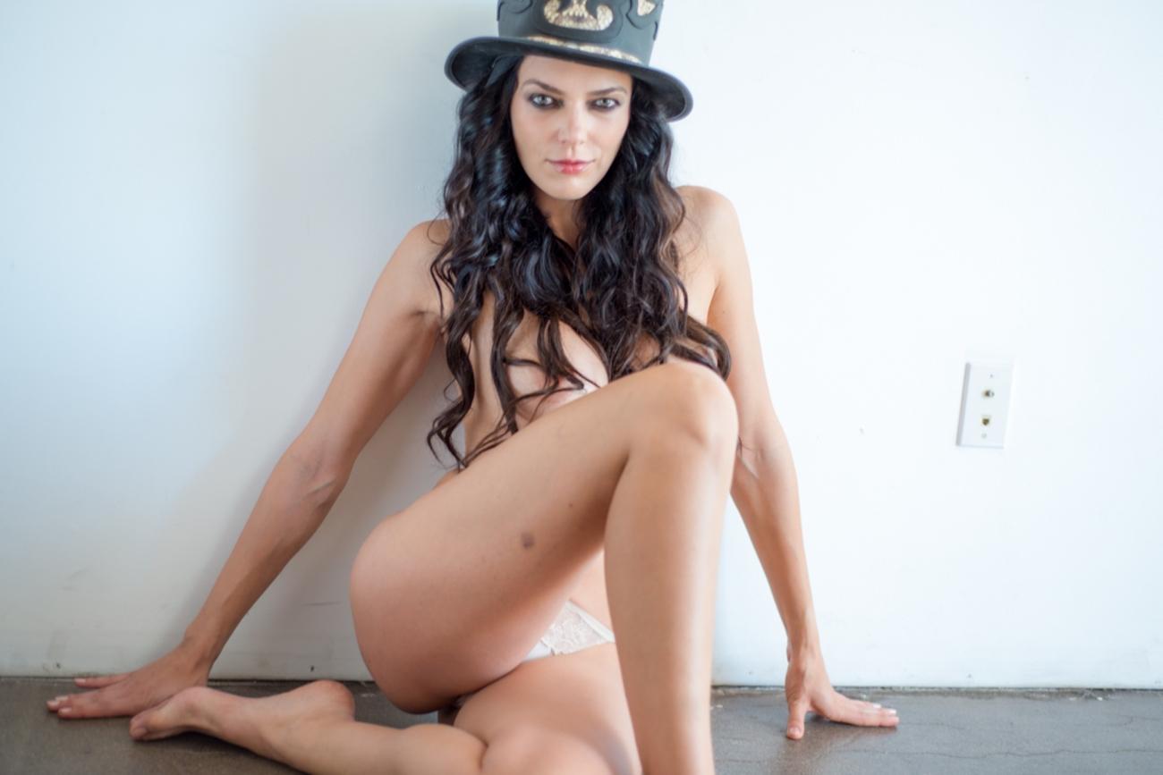 Adrianne Curry Semi/Full Nude..