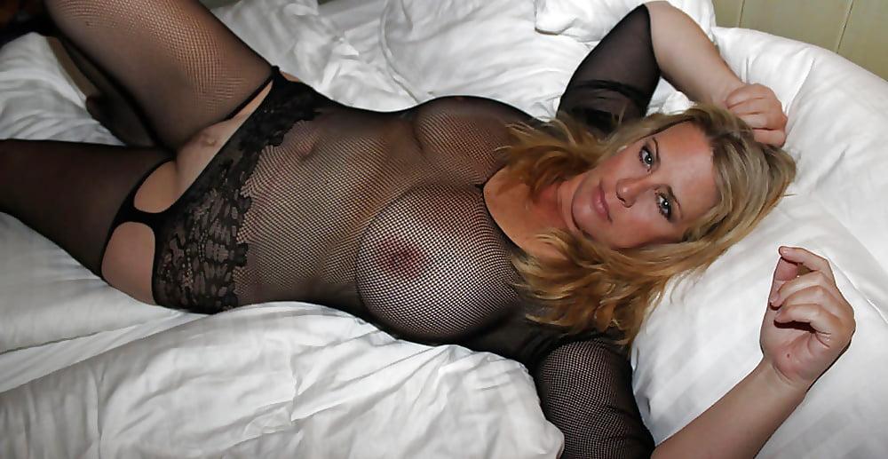 Free milf porn pics, naked mature moms pussy, hot milfs sex