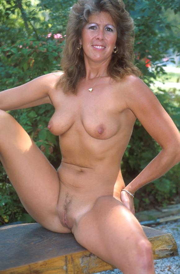 Aged Films Free Mature Porn and..