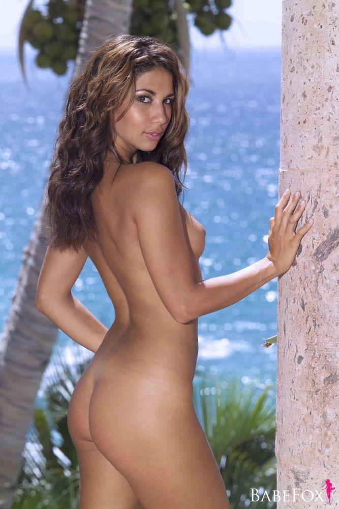 Nude leilani dowding Leilani Dowding