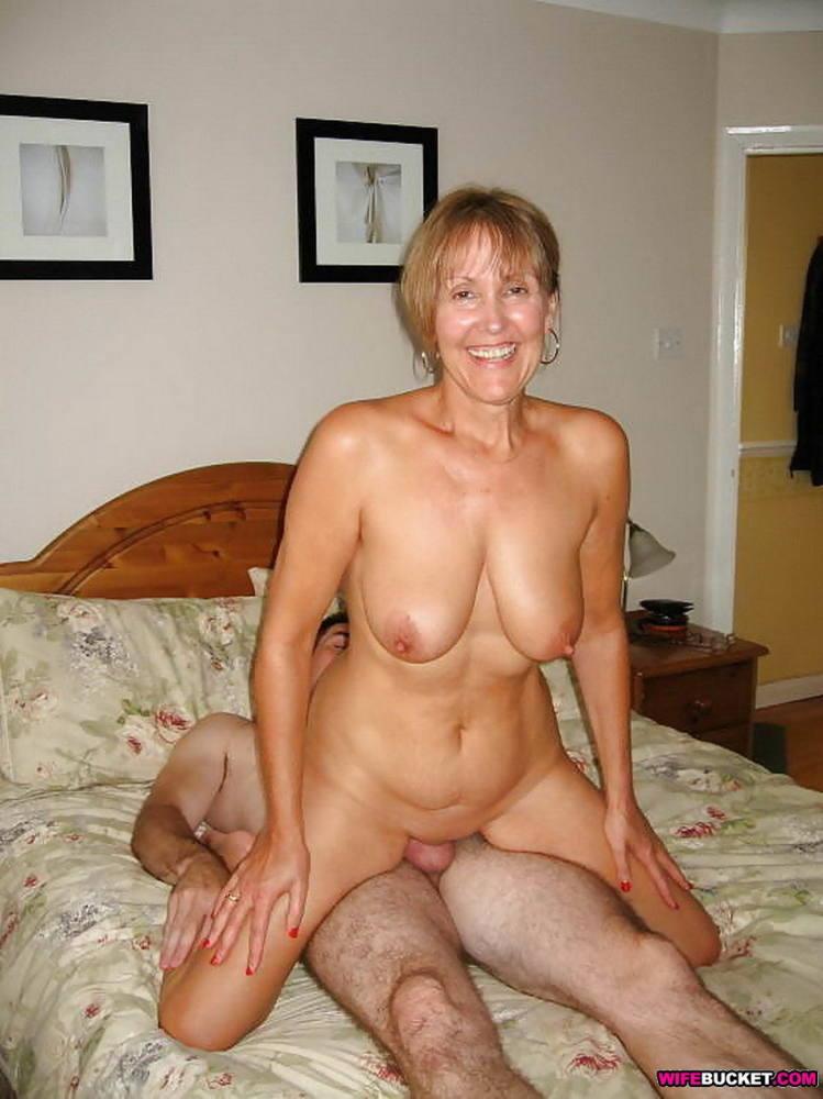 Mila i nude thumbs