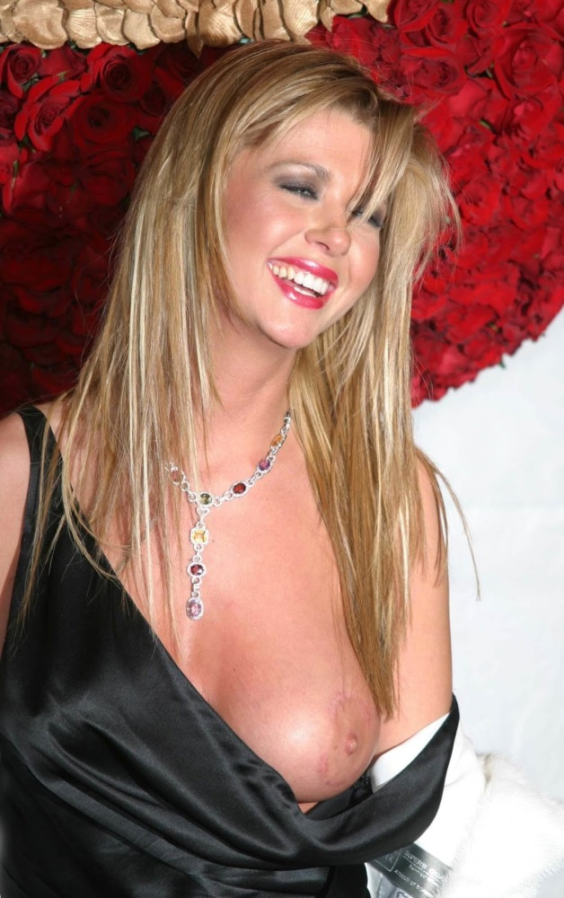 Famosas Desnudas Blog: Personage..