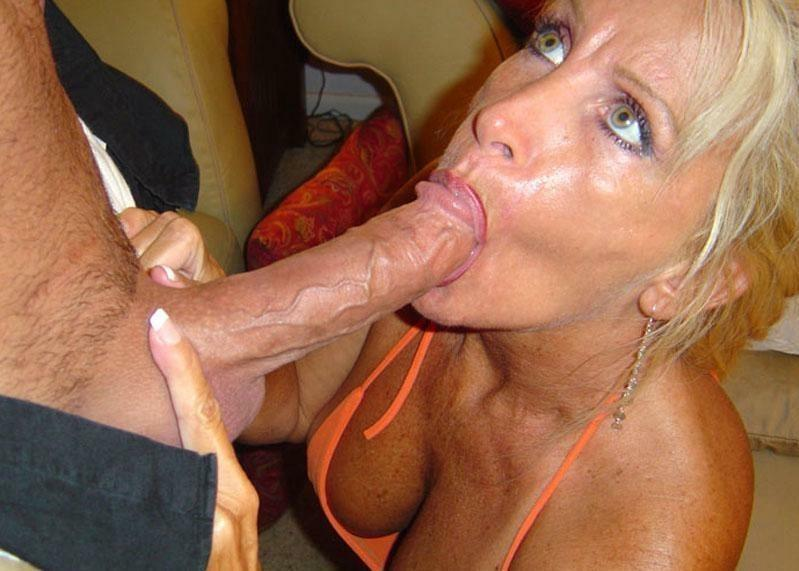Horny Cocksucked Milf Shows Her Skills To A Stepson