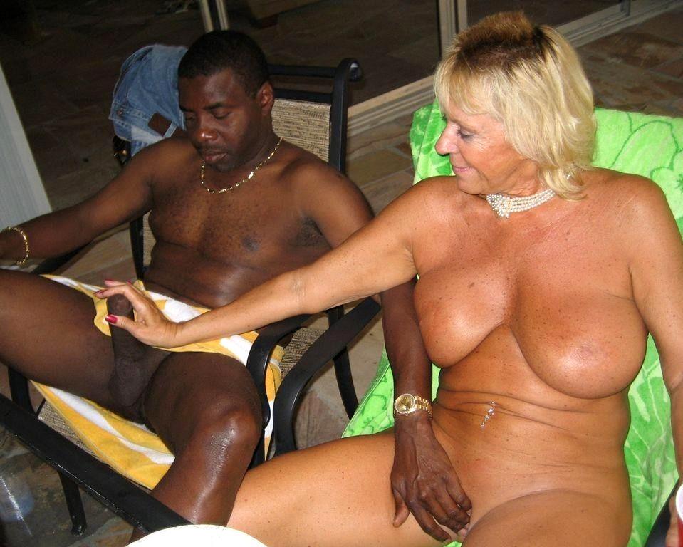 Girls Gone Sexy Wild In Jamaica