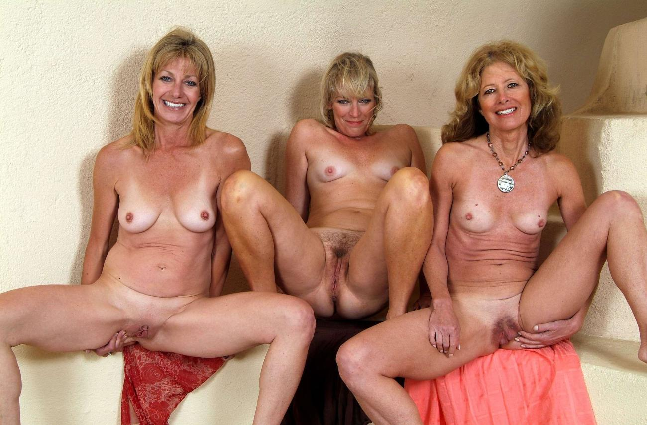 Hot moms naked group sex - Porno..
