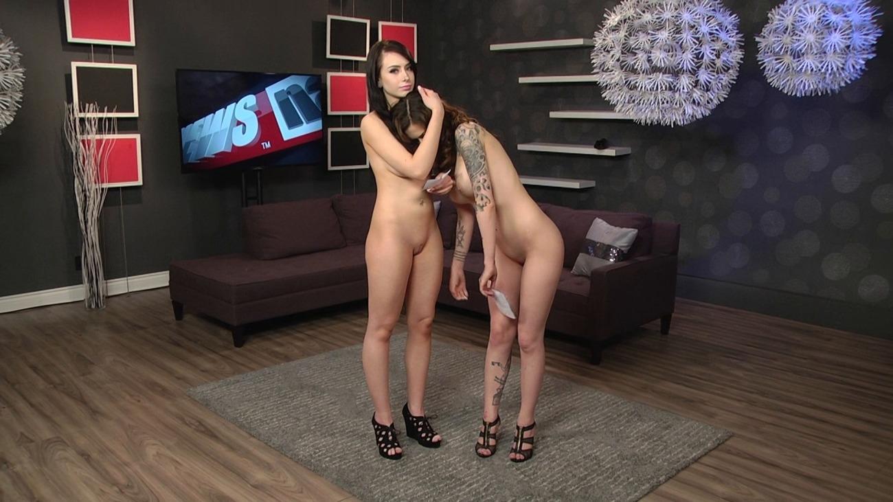 Naked News - Beautiful Nudes, Hot..