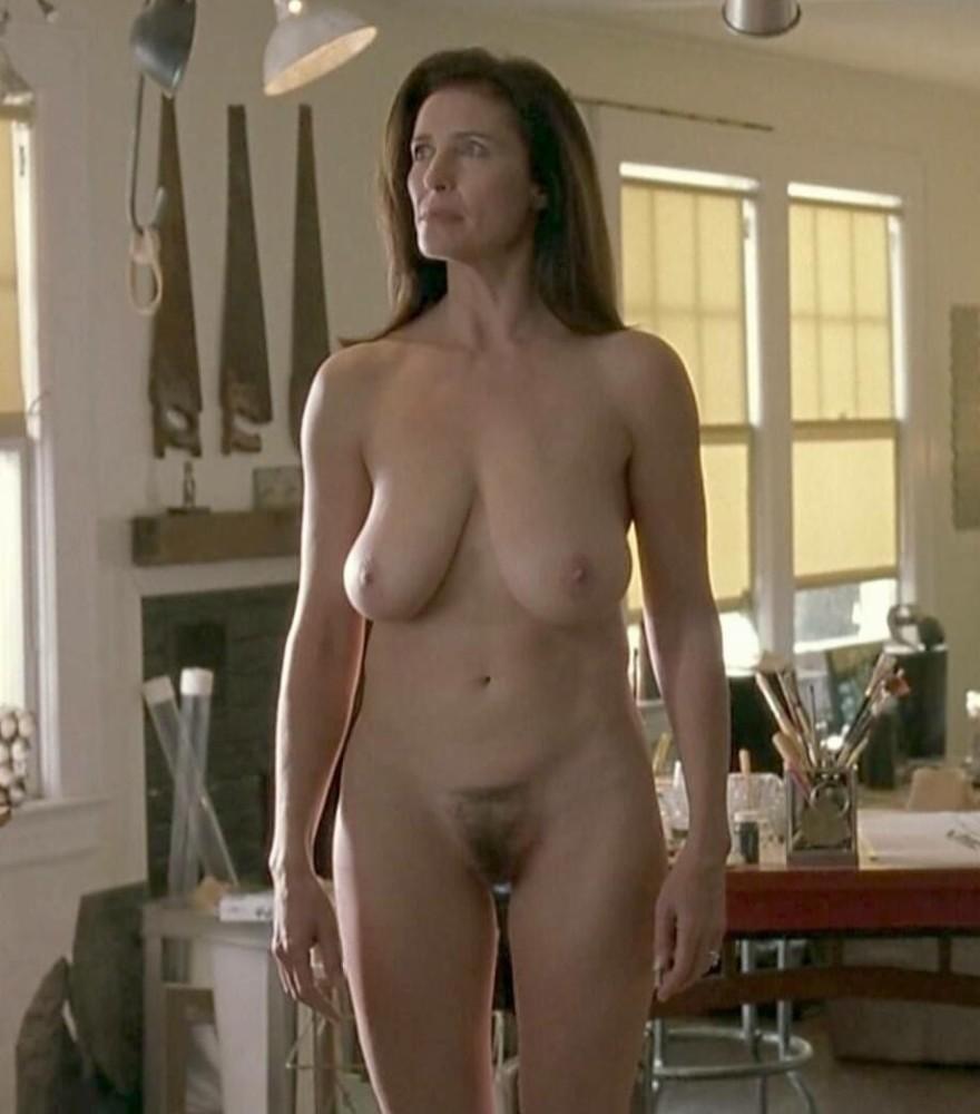 Mimi Rogerss Breasts Get Starring..