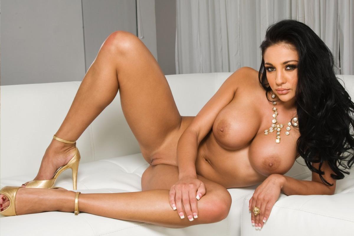 Audrey bitoni posing nude and masturbating