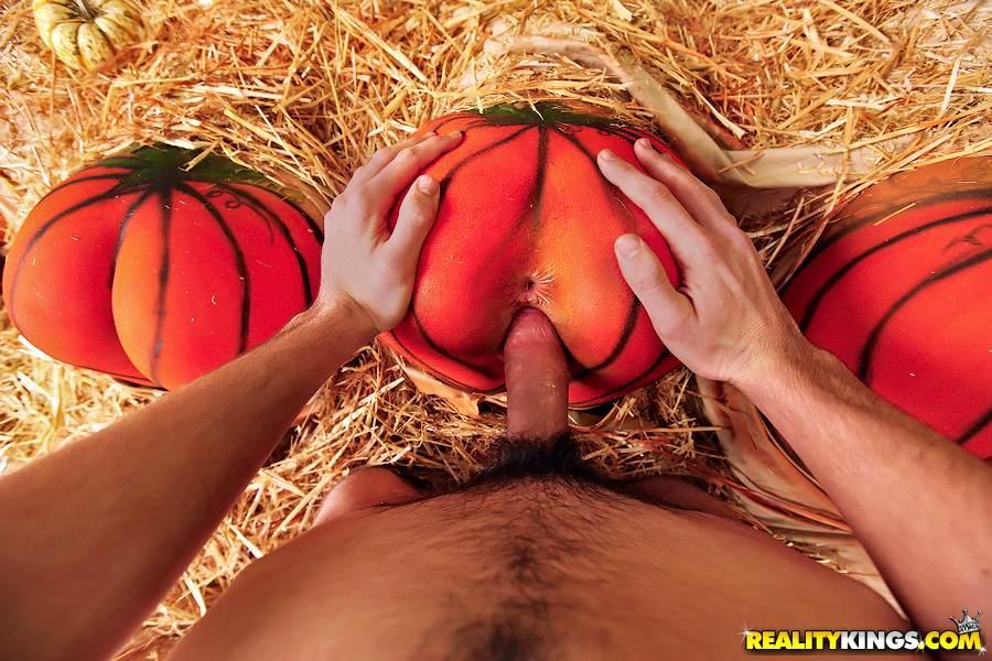 Nude Flavor Flav Girls